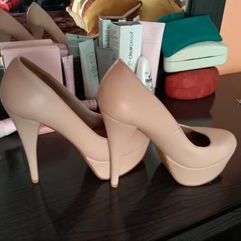 Foto Carousel Producto: Zapatillas palo de rosa muy comodas  GoTrendier