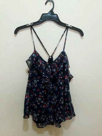 Foto Carousel Producto: Blusa tirantes estampado de flores GoTrendier