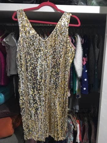 Foto Carousel Producto: Vestido lentejuela dorada GoTrendier