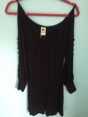 Foto Carousel Producto: Vestido negro de algodón GoTrendier