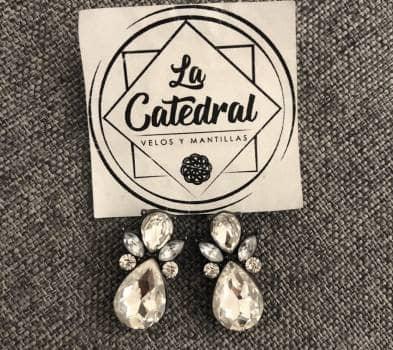 Foto Carousel Producto: Aretes plata. GoTrendier