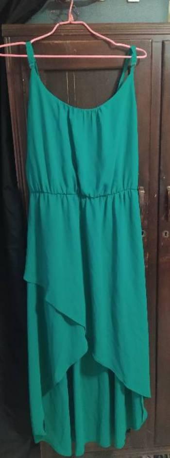 Foto Carousel Producto: Vestido de tirantes color esmeralda GoTrendier