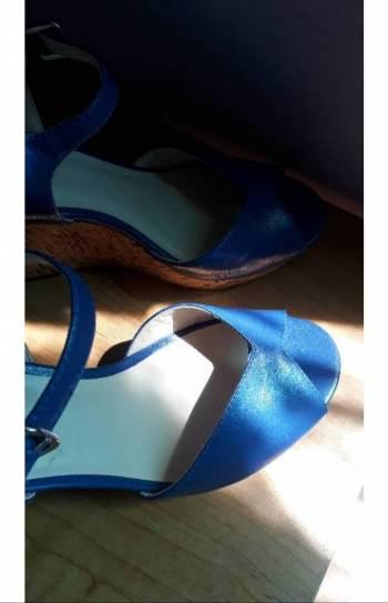 Foto Carousel Producto: Sandalias con plataforma. GoTrendier
