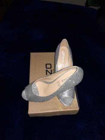 Foto Carousel Producto: Zapatillas plata GoTrendier